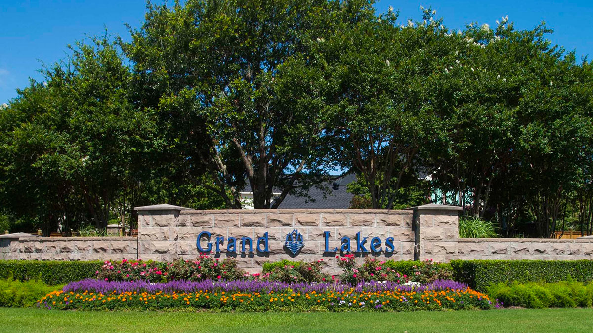 Grand Lakes entry